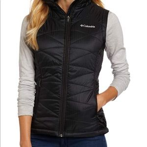 GUC Columbia Omni Heat Black Vest, Black. Small.
